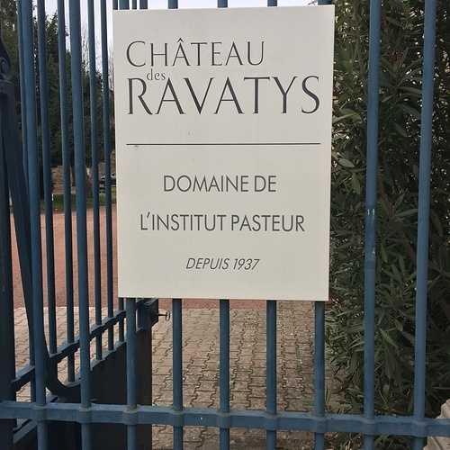 Institut Pasteur Château des Ravatys 0
