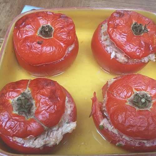 Les tomates farcies 0